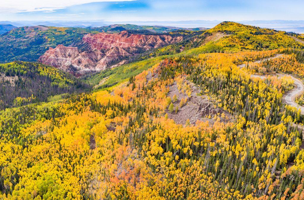 Highway 143, Utah. Photo credit Saemisch I Utah Office of Tourism
